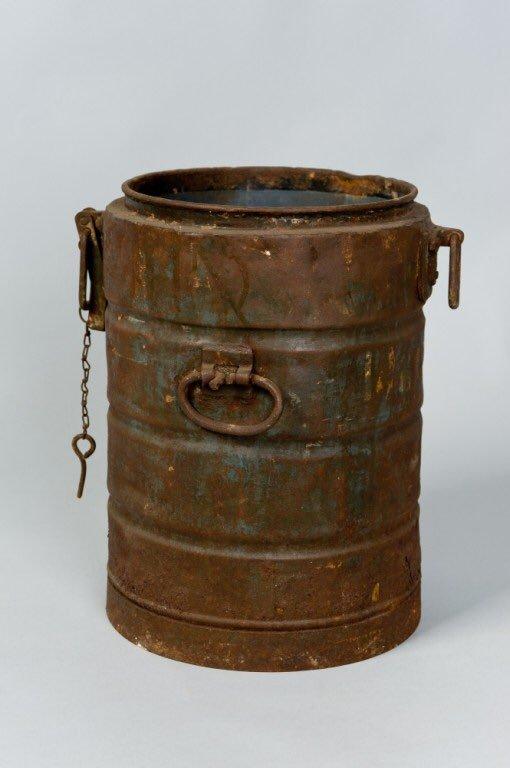soup-kettle-aushwitz-holocaust