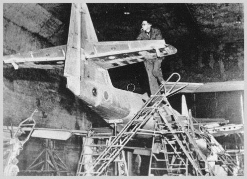 construction-road-tunnel-me-262