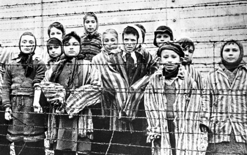 jewish-children-in-concentration-camp